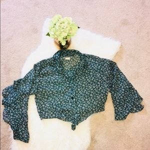 Vintage Crop Top with Ruffled Back and Sleeves